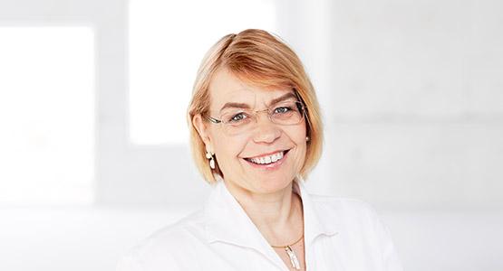 Dr. Gudrun Engels: Grundstückskaufvertrag Essen - Rechtsanwältin und Notarin - Fachanwältin für Bau- und Architektenrecht Essen