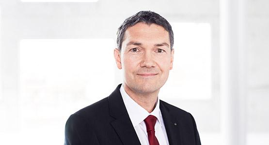 Arndt Mönning: Grundstückskaufvertrag Essen - Rechtsanwalt und Notar Fachanwalt für Miet- und Wohnungseigentumrecht Essen