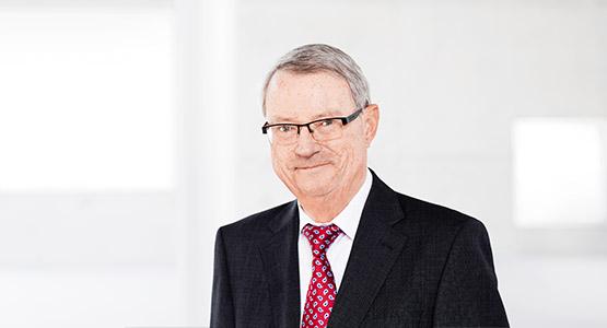 Gerd Ohletz: Rechtsanwalt und Notar a.D. - Notar Essen - Grundstückskaufvertrag Essen